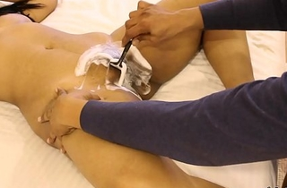 Mona Bhabhi Getting Her Indian Wet crack Shaved By Her Husband