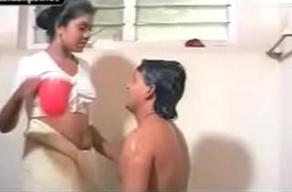 Mallu couple sex bathroom