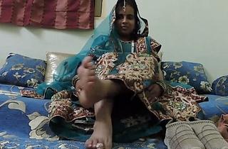 indian amateur bhabhi foot fetish