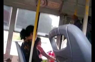 Tamil girl mulai