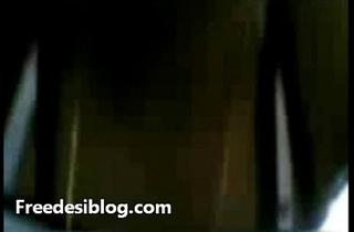 Desi Indian Young Girl Lady-love In Motor car MMS Scandal Video