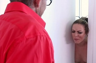 Stepmom Carmen Valentina indigence violate their way stepson