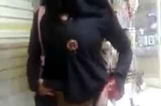 फ्री फ़ोन रिचार्ज के लिए नंगा चिकनी छूत दिखाया